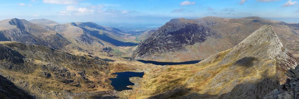Tryfan, Llyn Bochlwyd, Y Garn and the Ogwen Valley with Carnedd Dafydd beyond