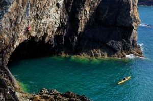 Ben Meakin plugged into the Electric Blue (E4), Rhoscolyn on Anglesey