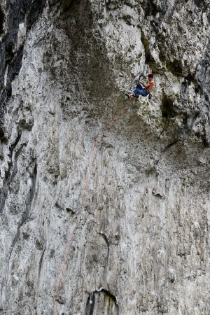 Jordan Buys on Rainshadow (F9a), Malham