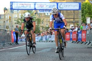 Harry Hardcastle punching out the watts in the 2104 SGP Cat 3-4 race