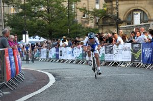 Open road for the Cat3/4 leader at Sheffield Criterium