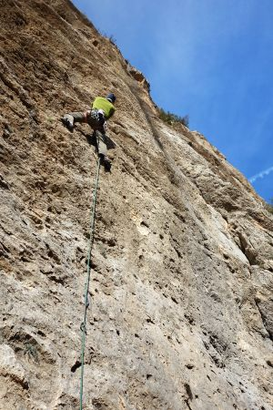 Graham on Gasolineria (L1) at Fantasia - tough old skool slab action